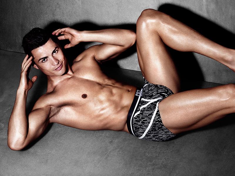 CR7-Cristiano-Ronaldo-Underwear-SS15-02