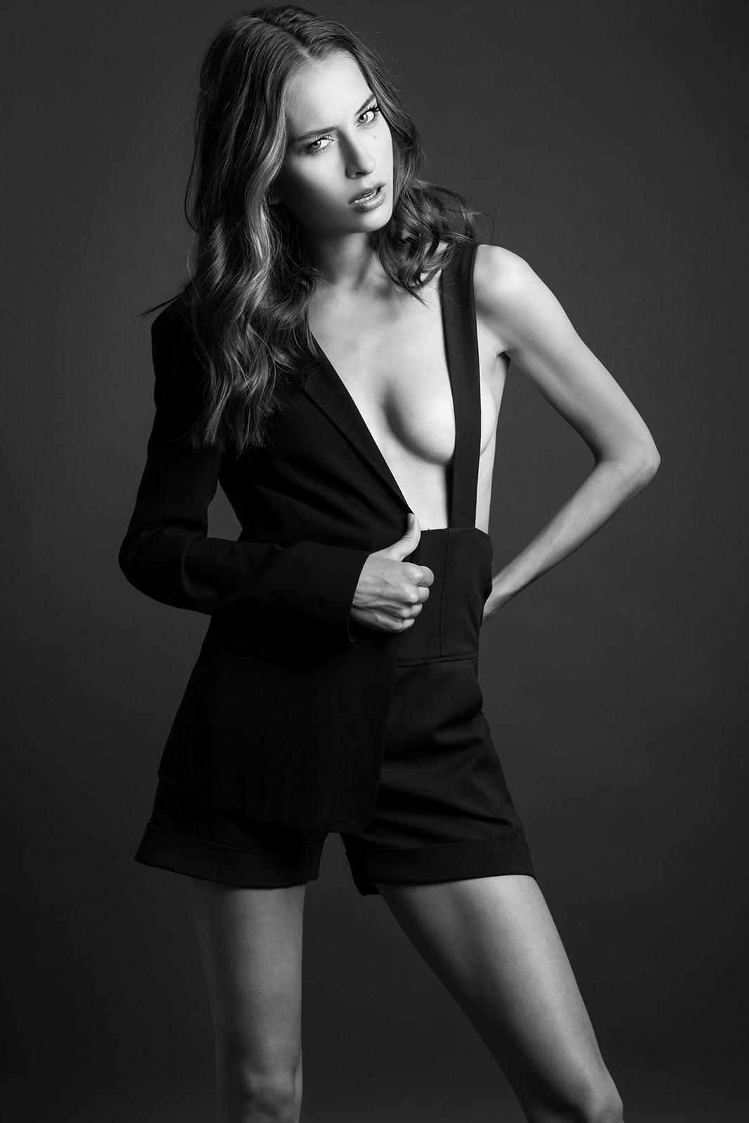 7. Black Suspender Short 1e57c