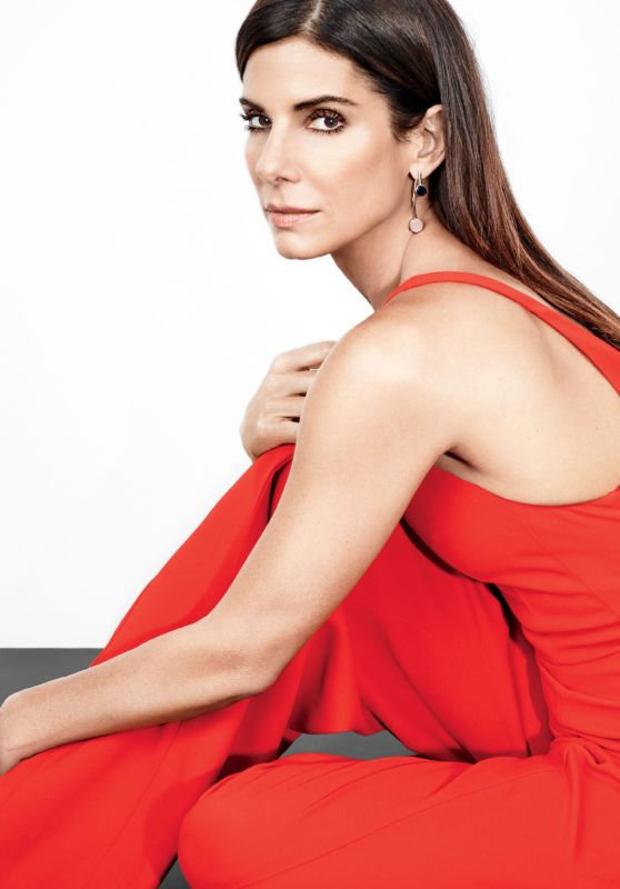 sandra-bullock-photoshoot-for-glamour-us-november-2015 1 thumbnail 561dd