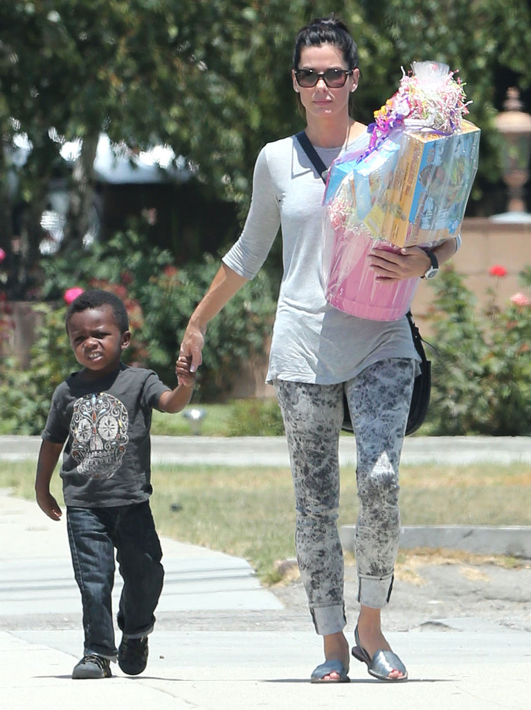Sandra-Bullock-Takes-Louis-Birthday-Party-LA e20b8