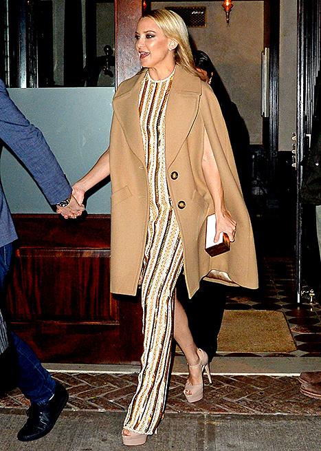 Καμηλό παλτό  Οι celebrities σου δείχνουν πώς να φορέσεις το πιο hot κομμάτι  του χειμώνα 6403d94a828