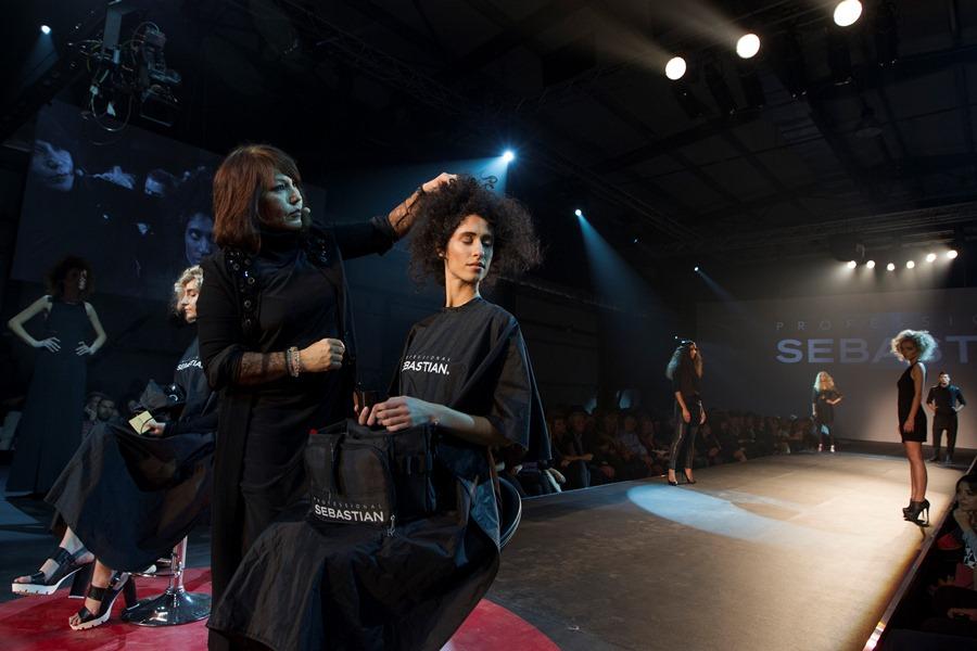 Diva Poulos on stage Sebastian d1e58