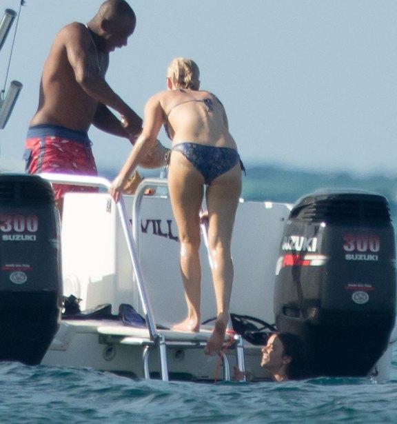 jennifer lawrence bikini photos bahamas 16 8b832 5ce9059670e