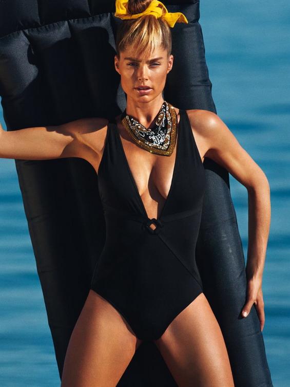 Doutzen Kroes With a Summer Photo Shoot for Vogue Paris 1 3f51a