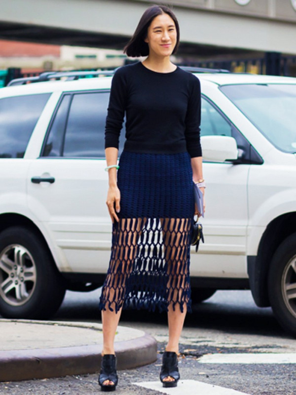 how to look good in street style photos eva chen 1840070 1468874242.600x0c