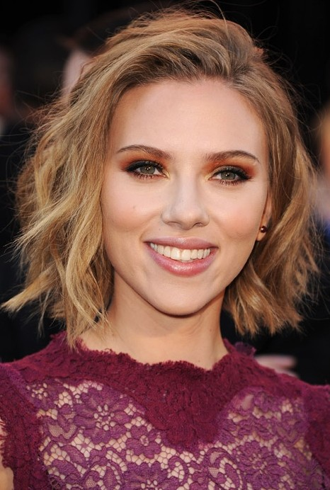 short haircuts for wavy hair and round faces1