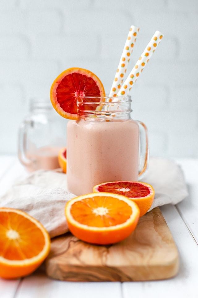 blood orange smoothie 680px 5