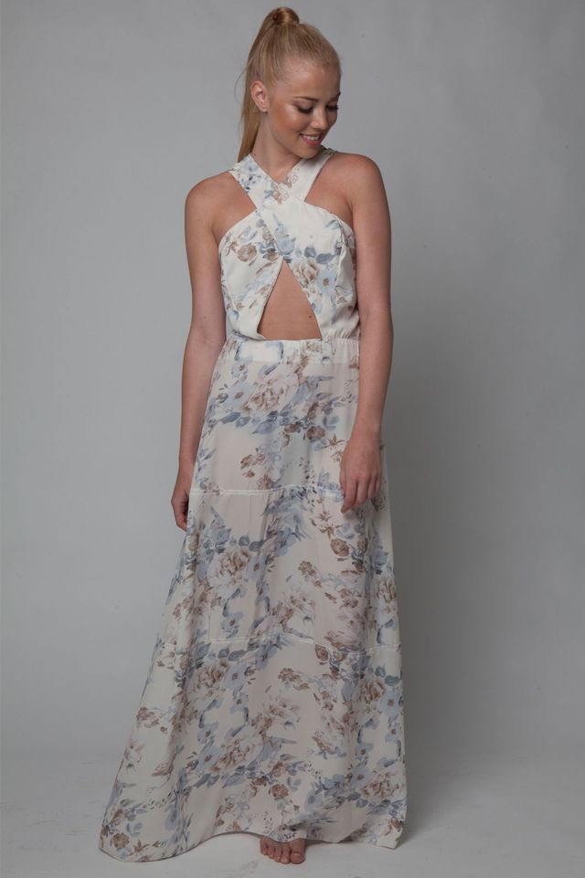4ae07e7b4371 Οδηγός Αγοράς  H wedding season ξεκινά και εμείς σου προτείνουμε 15  φορέματα για να βάλεις σε γάμο - Queen.gr