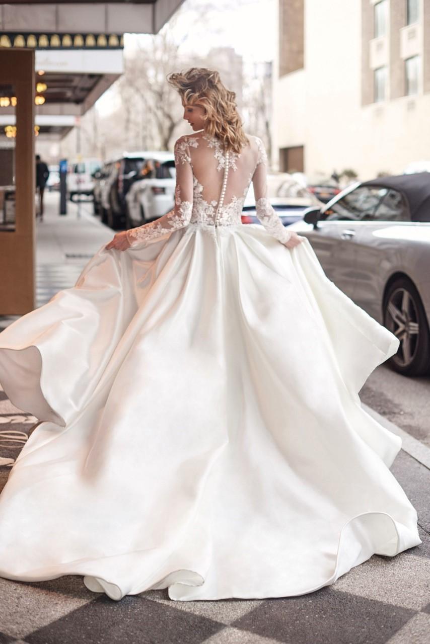 7d4ad0ea4a18 Bride s by Politia Tennis Club  Νέα μπουτίκ νυφικών στην Κηφισιά ...
