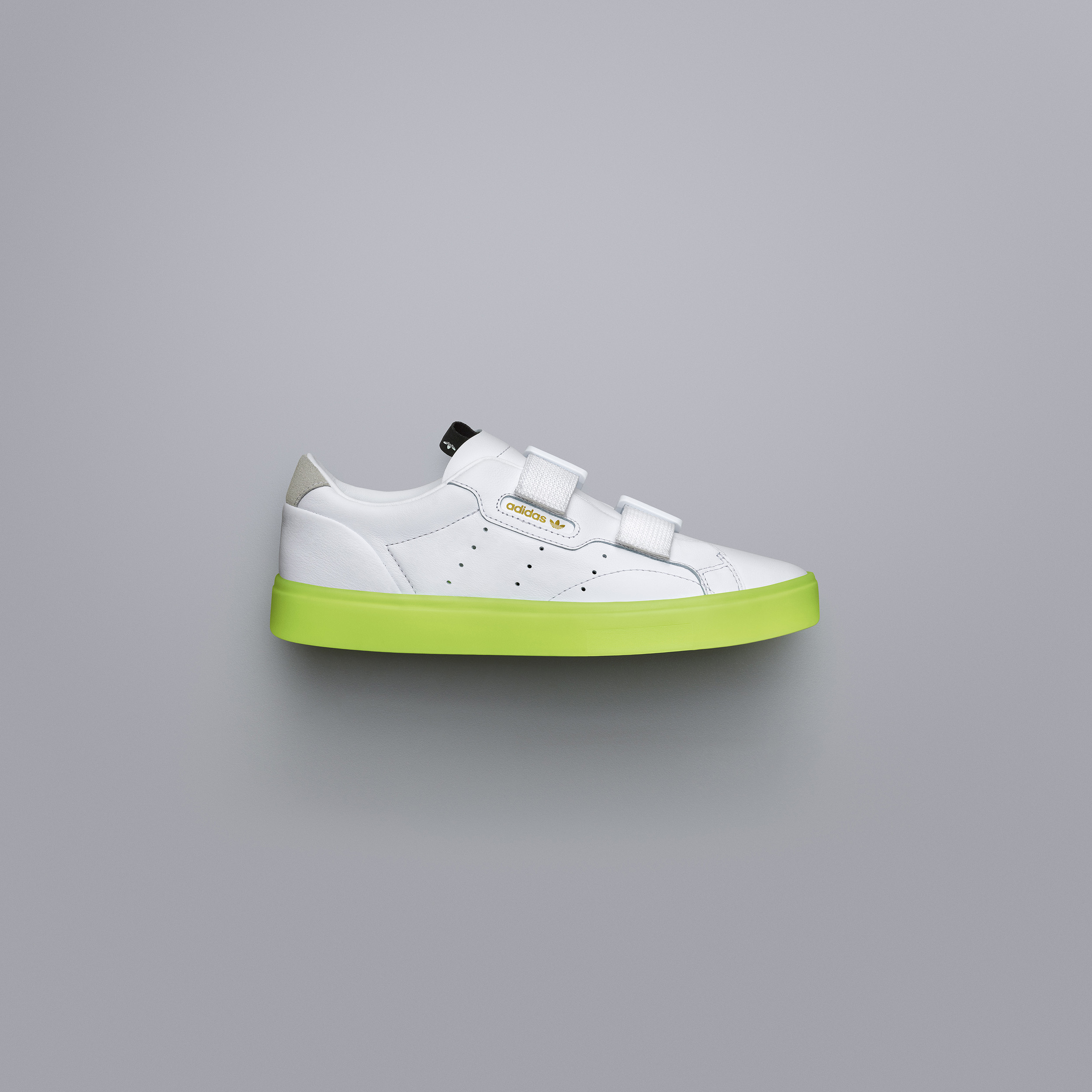 adidasOriginals SS19 Sleek SleekSW EE8279 01 Angle COMP c