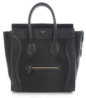 ce14e4d820 Η εν λόγω τσάντα κυκλοφορεί σε πολλά χρώματα και υφές και δίνει το  απαραίτητο twist σε κάθε ντύσιμο. Φυσικά τα εύσημα για το λανσάρισμά της  πρέπει να ...