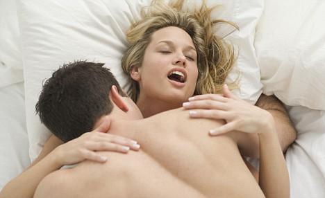 καυτό σεξ σε γυμνό